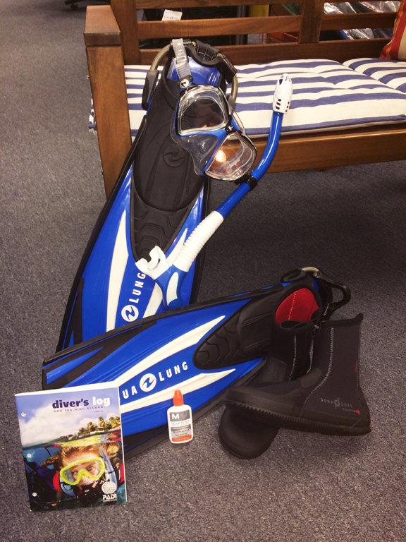 Mask/Snorkel/Fin Package
